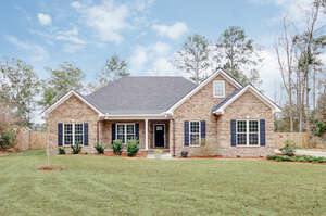 Featured Property in Bloomingdale, GA 31302