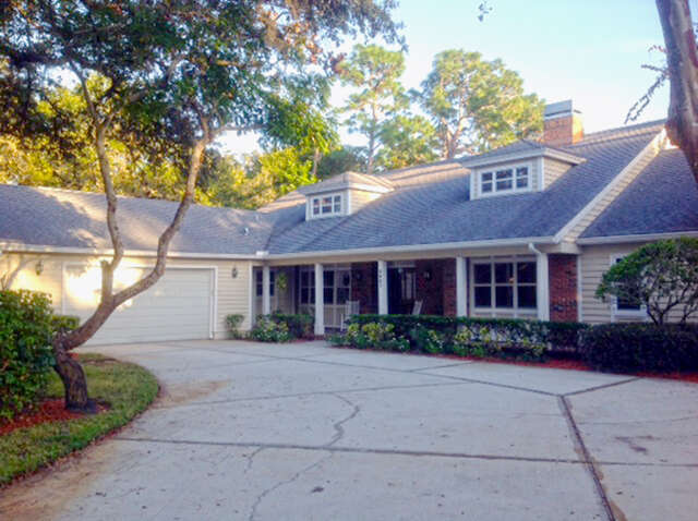Single Family for Sale at 3007 Oak Creek Dr Clearwater, Florida 33761 United States