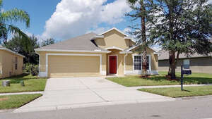 Featured Property in Orlando, FL 32820