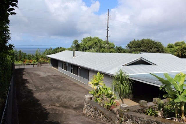 Single Family for Sale at 36-2705 Hawaii Belt Rd Laupahoehoe, Hawaii 96764 United States