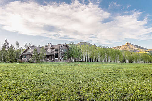 Single Family for Sale at 61625 County Road 62 Clark, Colorado 80428 United States