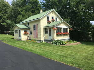 Featured Property in Bloomingdale, NY 12913