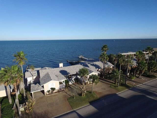 Single Family for Sale at 1882 Bay Shore Dr Rockport, Texas 78382 United States