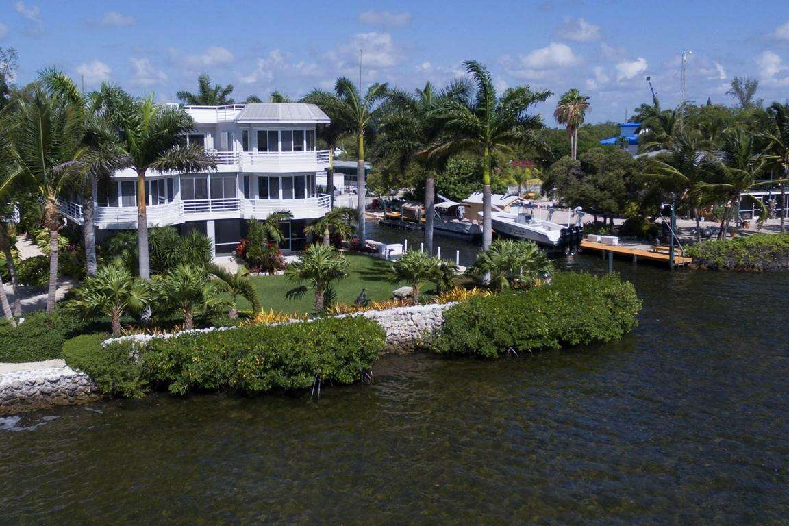Single Family for Sale at 569 Hazel Street Key Largo, Florida 33037 United States