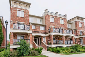 Featured Property in Oakville, ON L6H 0H7