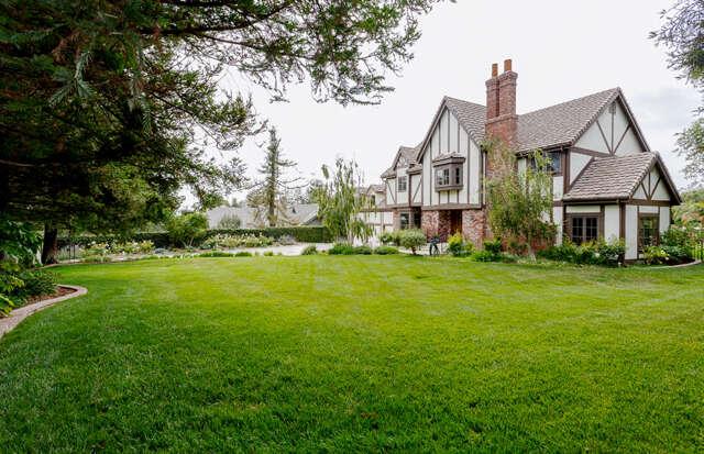 Single Family for Sale at 75 La Patera Dr. Camarillo, California 93010 United States
