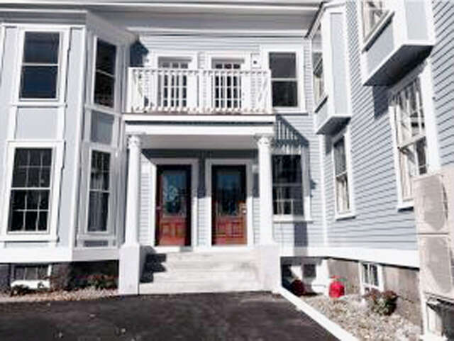 New Construction for Sale at 402 State St Unit 2a Portsmouth, New Hampshire 03801 United States