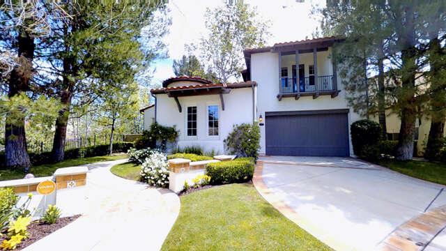 Single Family for Sale at 24811 Avenida Presidio Valencia, California 91355 United States