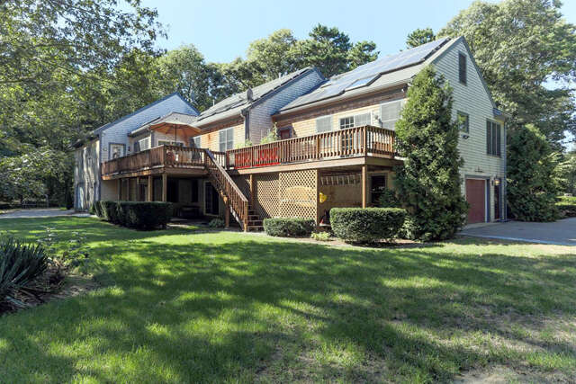 Single Family for Sale at 305 Lovells Ln Marstons Mills, Massachusetts 02648 United States