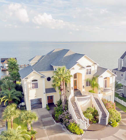 Single Family for Sale at 3318 Christmas Tree Point Road Galveston, Texas 77554 United States