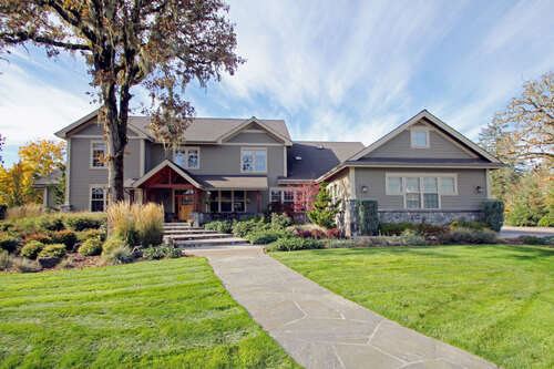 Single Family for Sale at 78295 Meadow Park Dr Cottage Grove, Oregon 97424 United States