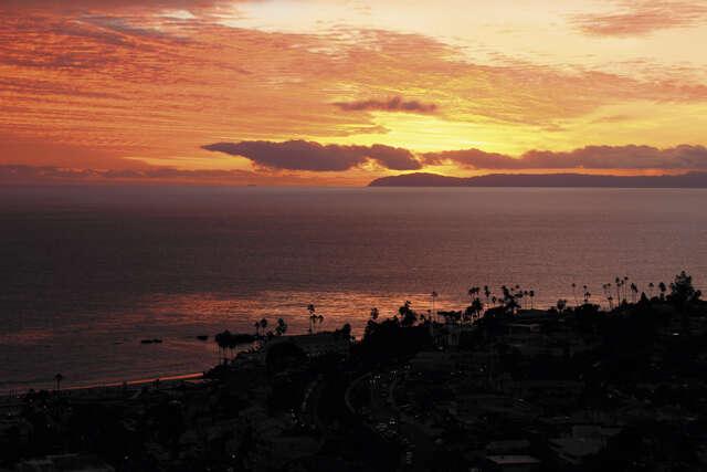 Single Family for Sale at 670 Vista Lane Laguna Beach, California 92651 United States