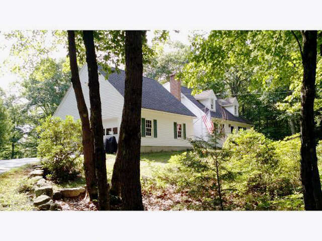 Featured Property in RINDGE, NH, 03461