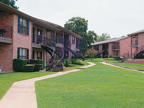 Hollyview Apartments Apartments For Rent Apartment Rental Complex For Rent At