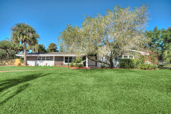 Single Family for Sale at 316 Palm Court Indialantic, Florida 32903 United States