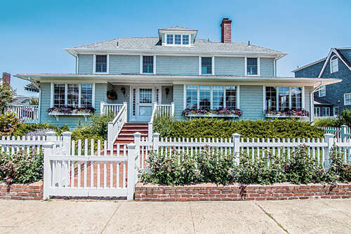Single Family for Sale at 62 Egbert St Bay Head, New Jersey 08742 United States