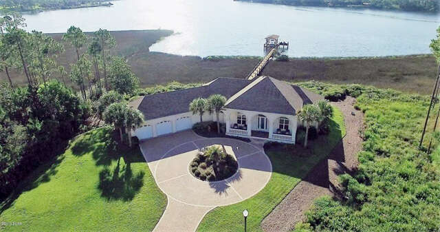 Single Family for Sale at 713 Island Court Panama City, Florida 32404 United States