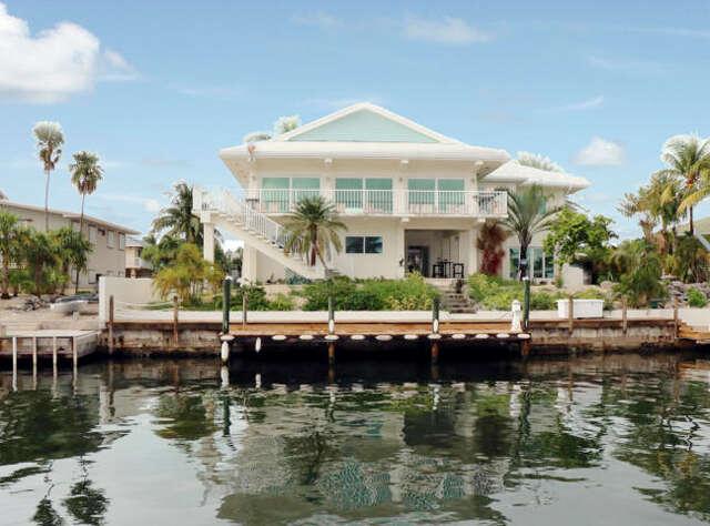 Single Family for Sale at 366 Stirrup Key Blvd Marathon, Florida 33050 United States