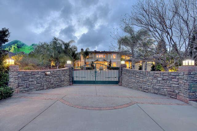 Single Family for Sale at 14535 Fruitvale Avenue Saratoga, California 95070 United States