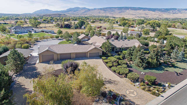 Single Family for Sale at 690 Meadow Vista Reno, Nevada 89511 United States