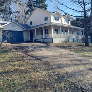 Featured GLOUCESTER Real Estate Listing