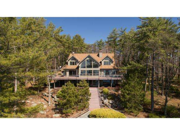 Single Family for Sale at 200 Windermere Road Moultonborough, New Hampshire 03254 United States