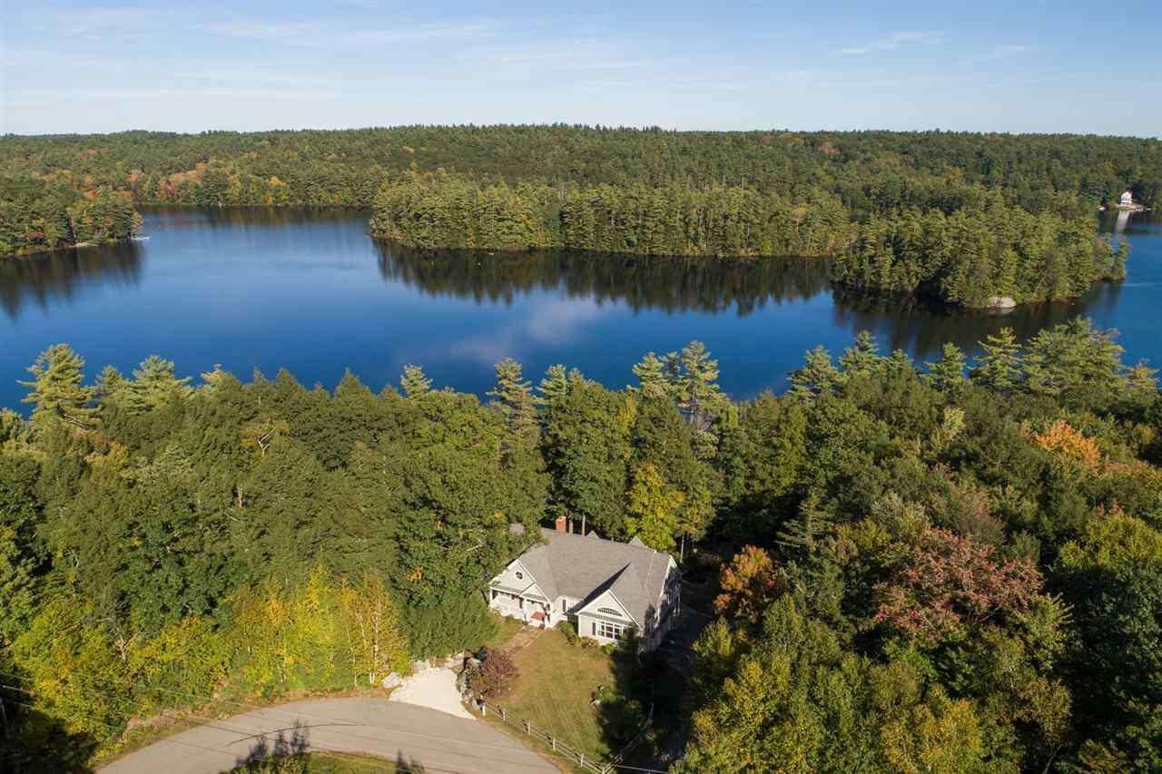 Single Family for Sale at 150 Mendums Landing Road Barrington, New Hampshire 03825 United States