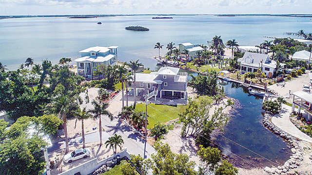 Single Family for Sale at 17222 Starfish Lane Sugarloaf Key, Florida 33042 United States