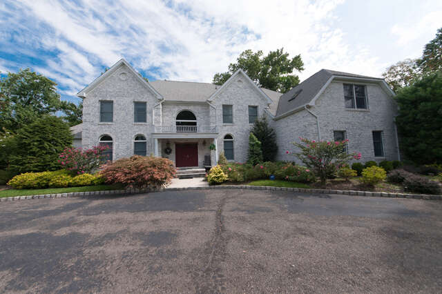 Single Family for Sale at 116 Meredith Road Colonia, New Jersey 07067 United States