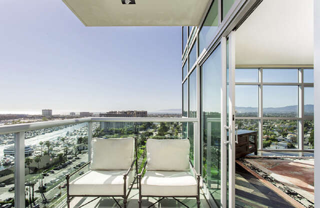 Condominium for Sale at 13700 Marina Pointe Drive Marina Del Rey, California 90292 United States