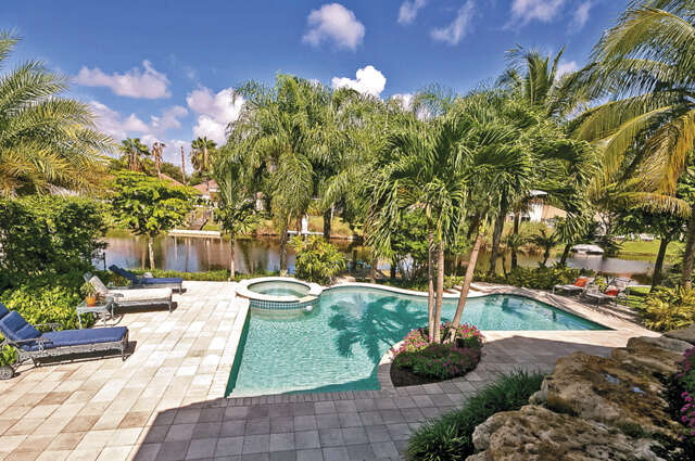 Single Family for Sale at 526 NW 8th Avenue Delray Beach, Florida 33444 United States