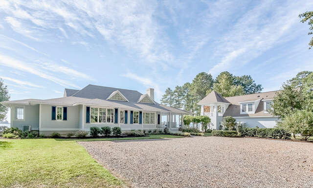 Single Family for Sale at 904 Queenstown Road Lancaster, Virginia 22503 United States