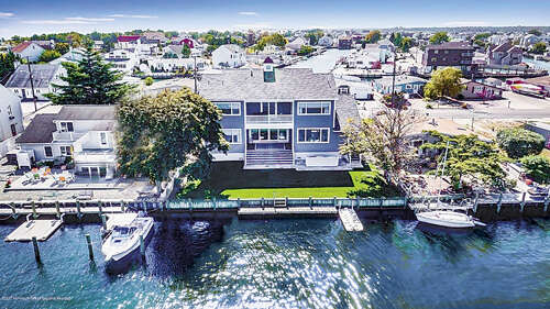 Single Family for Sale at 37 Amherst Drive Bayville, New Jersey 08721 United States