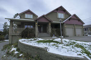 Featured Property in West Kelowna, BC V4T 2C1
