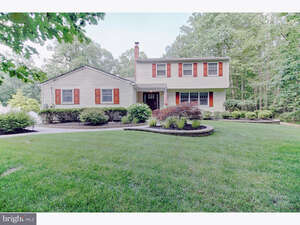 Featured Property in Shamong, NJ 08088