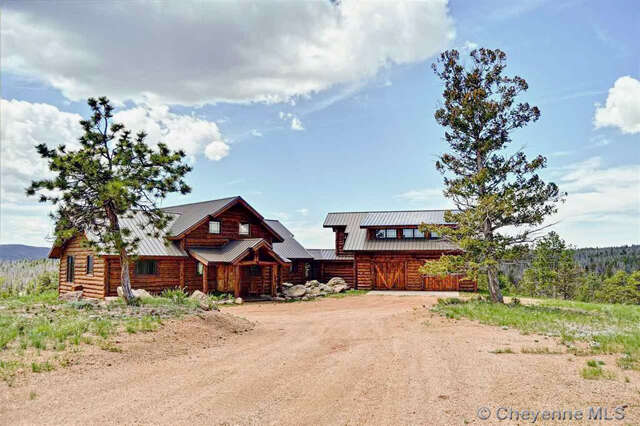 Single Family for Sale at 376 Deer Crossing Tie Siding, Wyoming 82084 United States