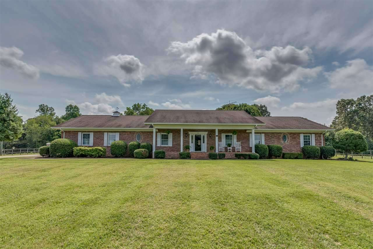 Single Family for Sale at 330 Freewill Baptist Church Rd Bostic, North Carolina 28018 United States