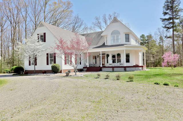 Home Listing at 5117 Old Buckingham Road, POWHATAN, VA