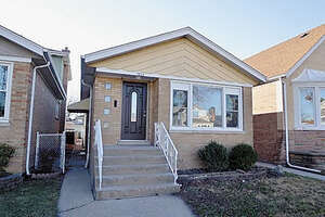 Featured Property in Berwyn, IL 60402