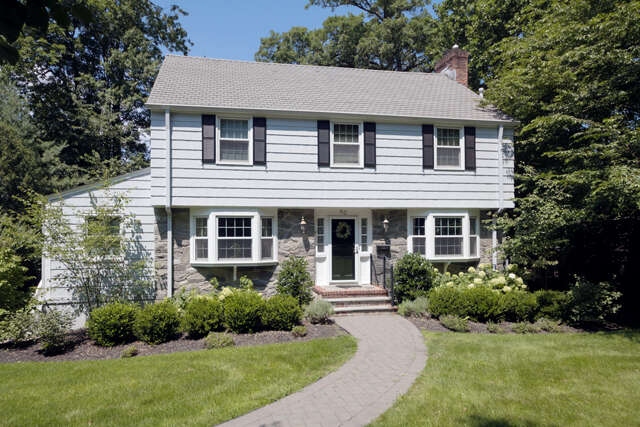 Single Family for Sale at 83 Blackburn Rd Summit, New Jersey 07901 United States