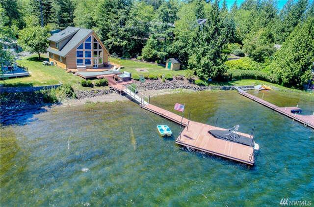Single Family for Sale at 354-W Lake Nahwatzel Dr Shelton, Washington 98584 United States