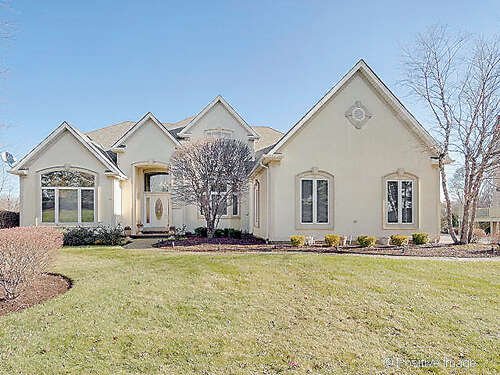Single Family for Sale at 9301 Cascade Circle Burr Ridge, Illinois 60527 United States