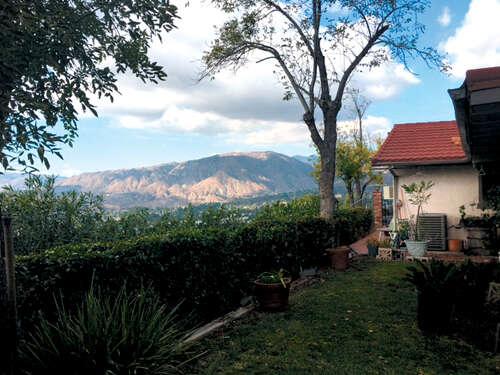 Single Family for Sale at 7115 Estepa Dr Tujunga, California 91042 United States