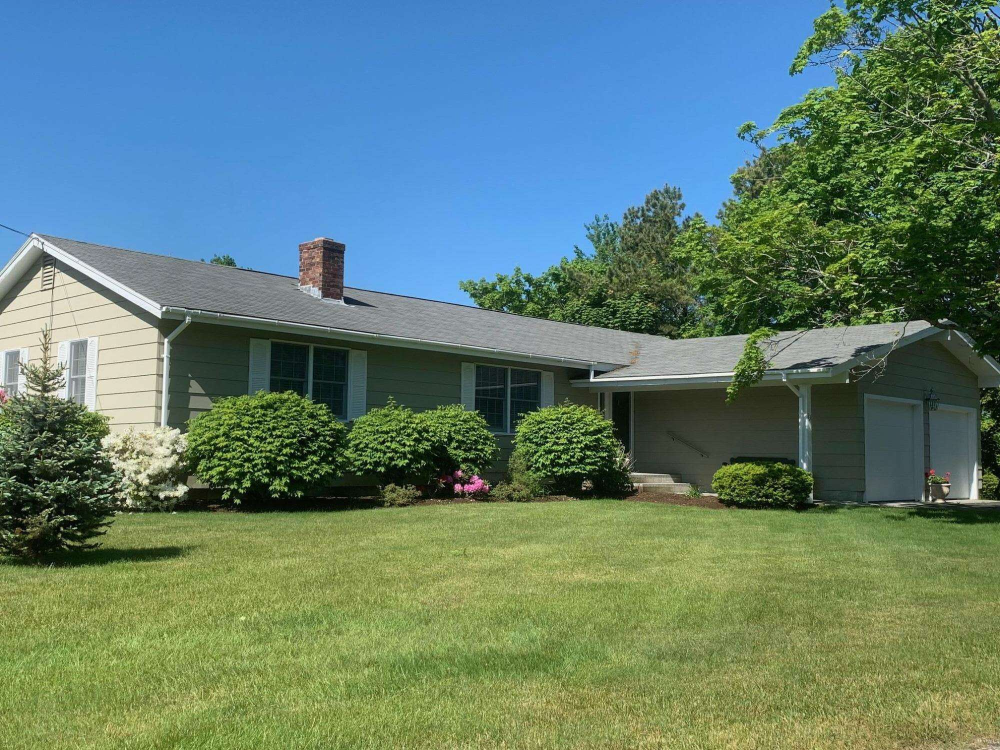 Single Family for Sale at 23 Surf Lane Kennebunk, Maine 04043 United States