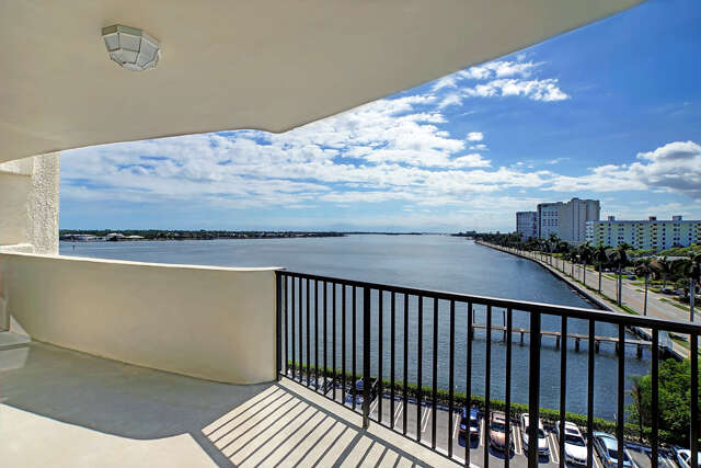 Condominium for Sale at 1200 S Flagler Drive #706 West Palm Beach, Florida 33401 United States