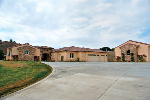 Single Family for Sale at 43876 Shady Creek Ln Temecula, California 92590 United States