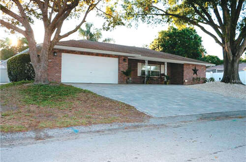 Real Estate for Sale, ListingId:44880546, location: 1020 MOCKINGBIRD CIRCLE Winter Haven 33884