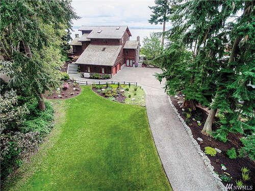 Single Family for Sale at 10654 NE Manor Ln Bainbridge Island, Washington 98110 United States