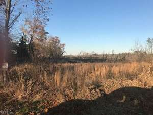 Land for Sale, ListingId:48973221, location: 551acs Fary's Mill RD Gloucester 23061