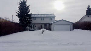 Featured Property in Irricana, AB T0M 1B0